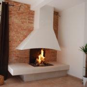 cheminée moderne foyer ouvert avec Polyflam